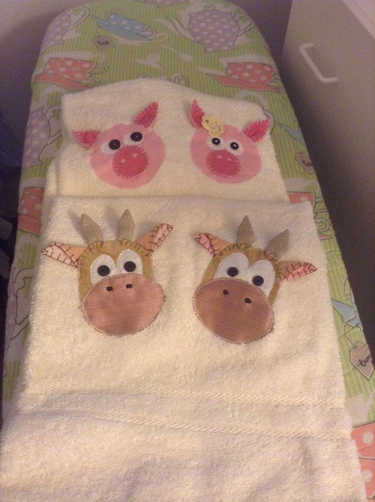 Asciugamani con applicazioni