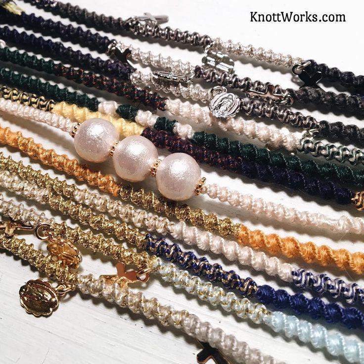 knoting for christmas gift orders!  いまから金具などを付けて仕上げていきます ご注文いただいたお客様、順に出荷しておりますのでもうしばらくお待ちください http://shop.knottworks.com #KnottWorks #handmade #jewelry #fashion #gift #love #アクセサリー #ハンドメイド #ファッション #お揃い #記念日 #誕生日プレゼント #彼氏 #彼女 #友達 #プレゼント #クリスマス #クリスマスプレゼント #オーダーメイド #ペア