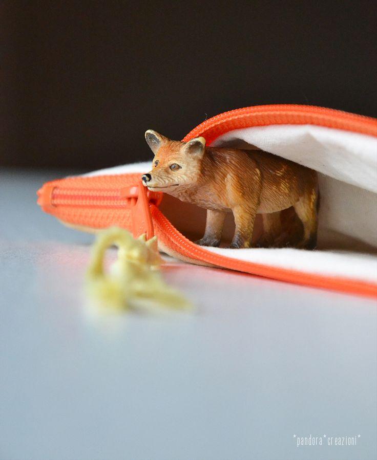 pencil case with fox * pandora creazioni