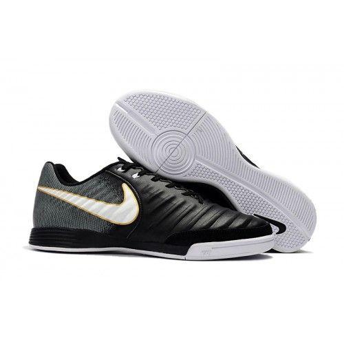 Nike Tiempo - Chuteira Futsal Nike Tiempo Ligera IV IC Preto Branco ... e9e4a100bb927