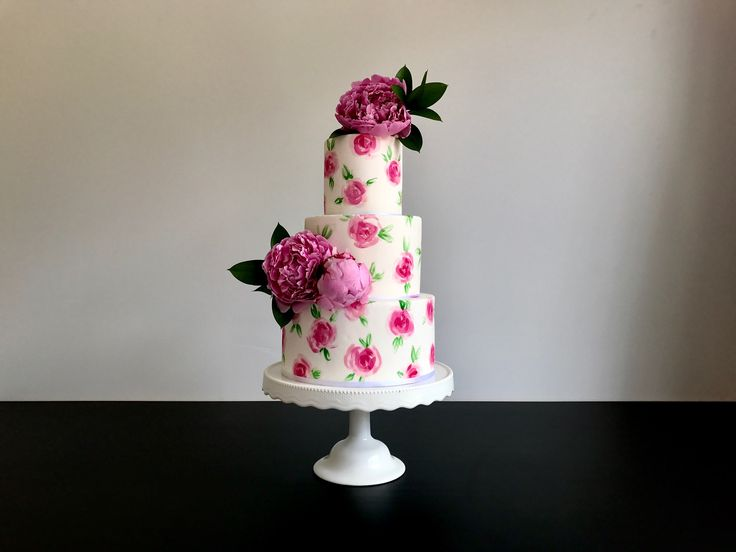 Floral hand painted wedding cake with peonies 🌸❤️  Sweet deer hand painted cakes