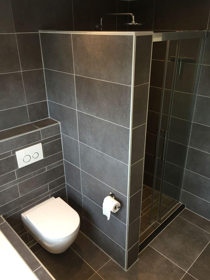 25 beste idee n over natte ruimtes op pinterest natte ruimte badkamer douche idee n en leien - Rustieke wc ...