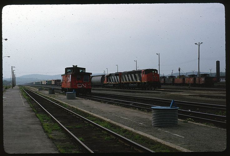 CN Canadian National 2106+ Capreol ON 6-27-1991