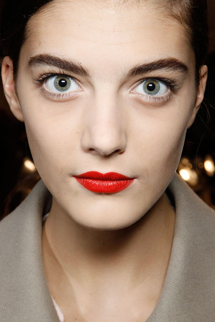 red lips#Marc by Marc Jacobs Fall 2012 Backstage 7 BTctvl M katryn kruger