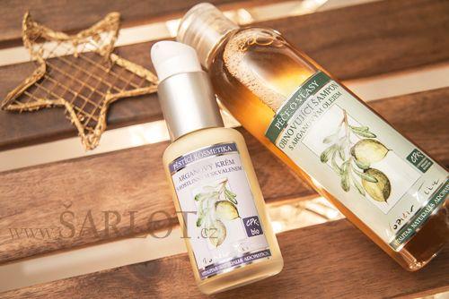 Špičková přírodní kosmetika, jejímž základem je vzácný arganový olej. Luxusní arganový krém se skvalenem vyhlazuje a zjemňuje pokožku. Přírodní šampon s arganovým a dýňovým olejem šetrně myje, obnovuje a regeneruje vlasy.
