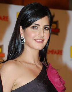 Top 10 Selebriti Bollywood Paling Dicari Tahun 2015  Selebritis - March 23 2016 at 08:01AM