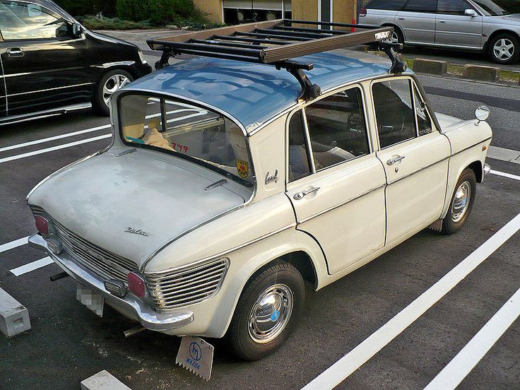 Rear view Mazda Carol 360. Cute Kei car!