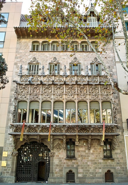 Casa  Asia  de  Josep Puig i Cadafalc