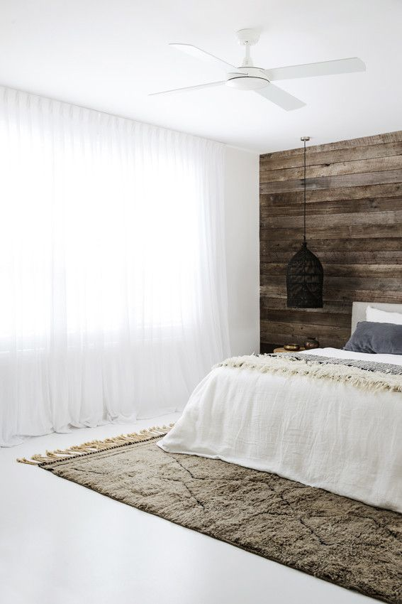 'SIX RIBBONS' is a chameleon contemporary Beni Ourain rug - its grey/taupe colouring changes according to its surroundings....and it always looks amazing! Master bedroom idea right here! tigmitrading.com