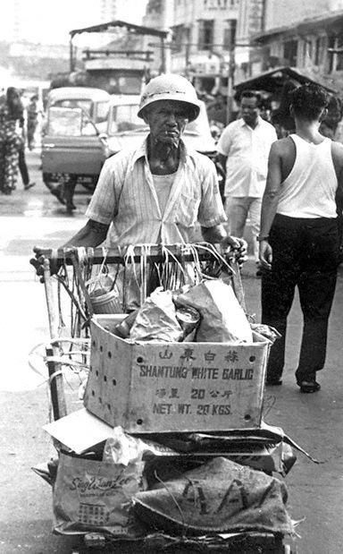The karang guni man - 1970