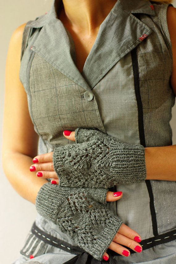 Romantic Lace fingerless Gloves knit big arm warmers by ESTtoYou