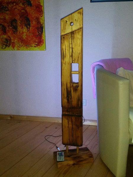 lampen kerzen stehlampe stele holzbalken led lampe. Black Bedroom Furniture Sets. Home Design Ideas
