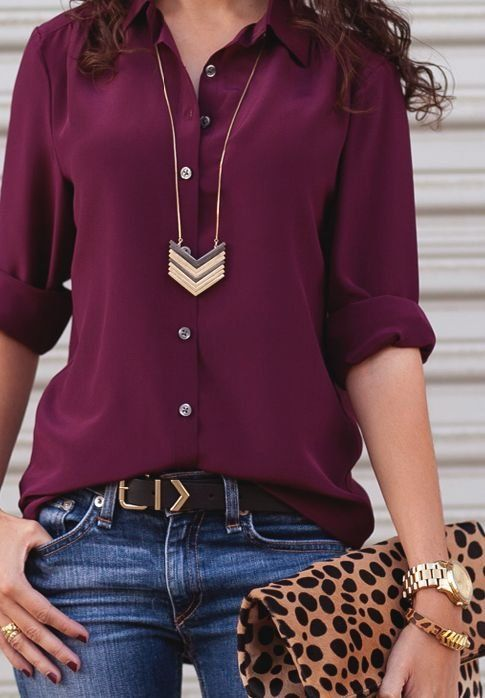 Burgundy blouse + jeans + gold accessories | fall look