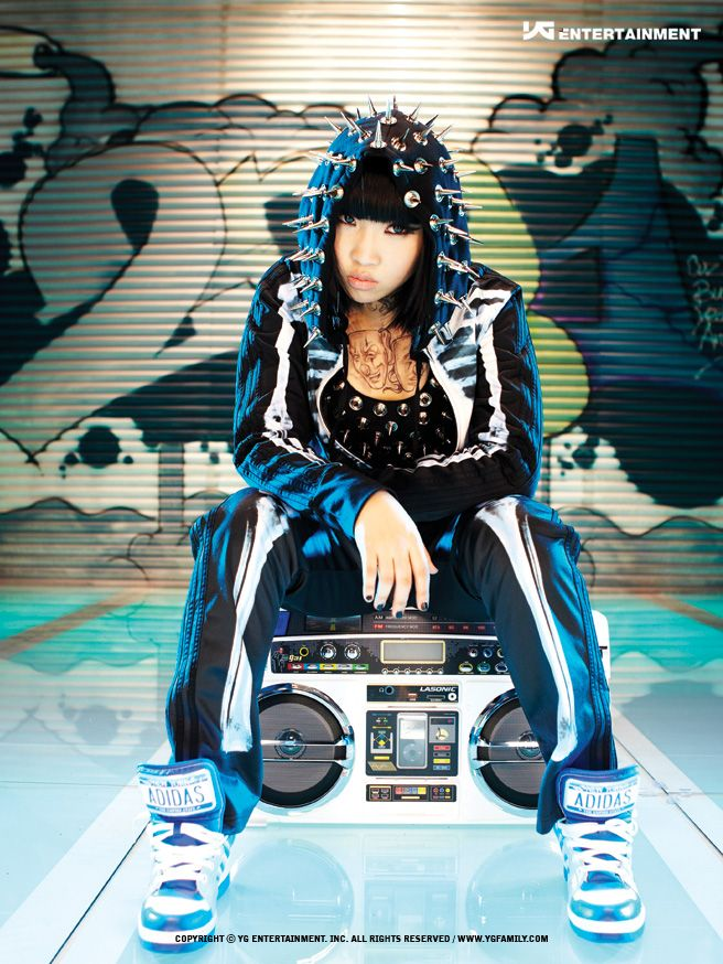 #2NE1 #Minzy [1st Albume : To Anyone] 2010.09