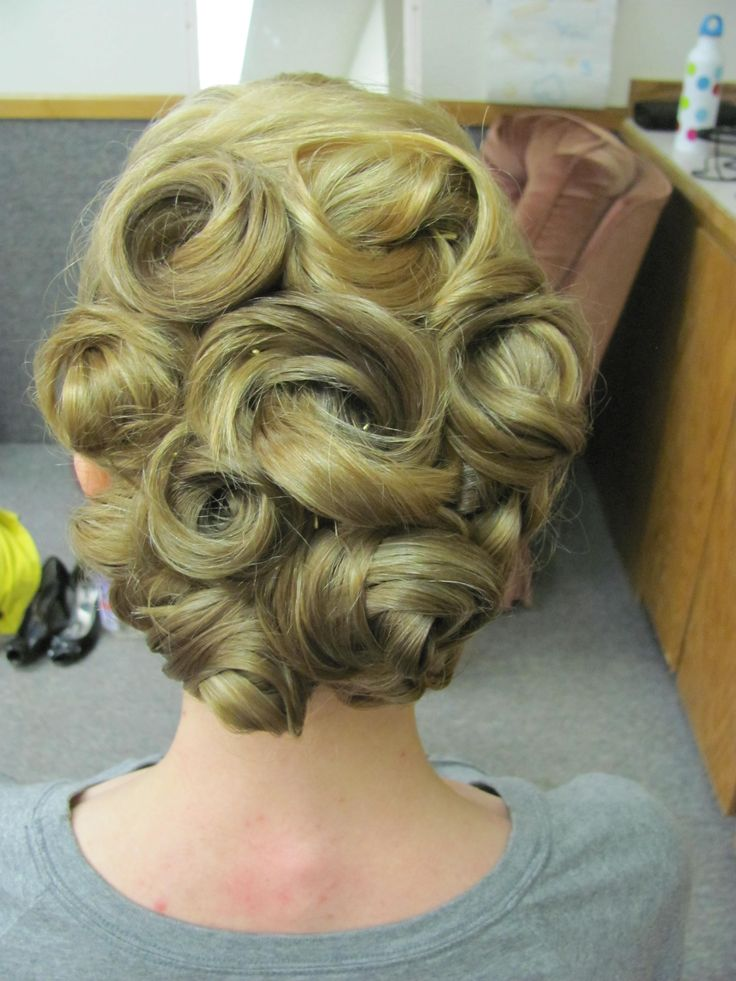 Fine 1000 Ideas About Pin Curl Updo On Pinterest Pin Curls Curls Hairstyles For Women Draintrainus