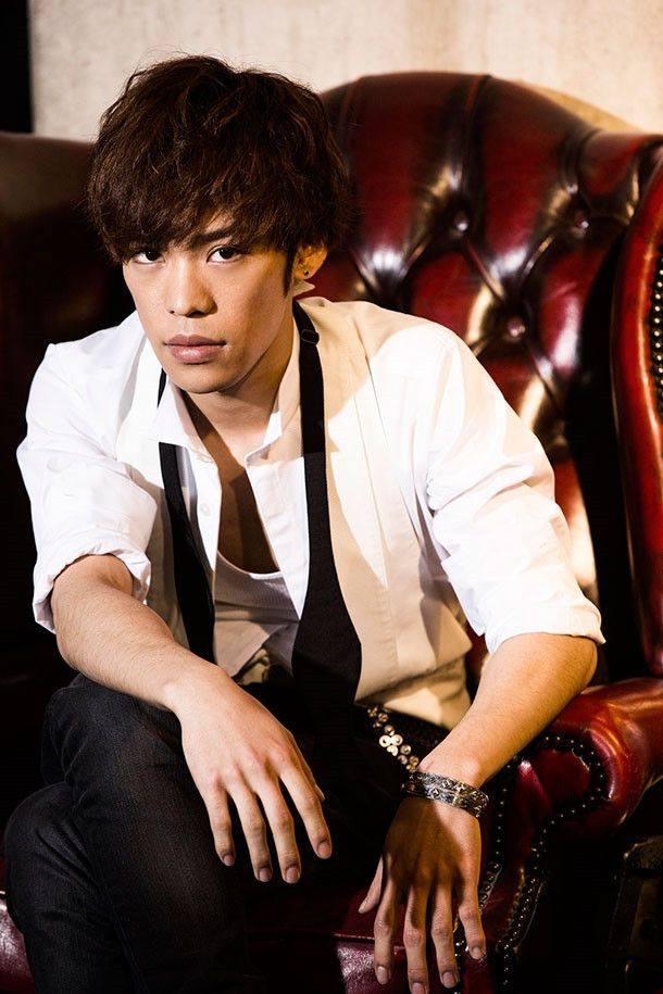 """Crunchyroll - Try Listen to Voice Actor Kensho Ono's 2nd Mini Album """"COLORS"""""""