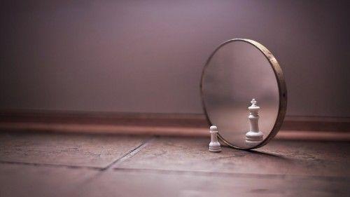 18 Stratégies Pour Rebondir Après Un Echec Savoir comment rebondir dans l'adversité est quelque chose que nous sommes tous capables de faire – nous avons juste besoin de savoir comment. Pour savoir faire face à l'échec vous aurez à surmonter la douleur et les défis imprévisibles que la vie vous imposera. La bonne nouvelle est que surmonter un échec est un processus de pensée et d'action qui peut être apprit.