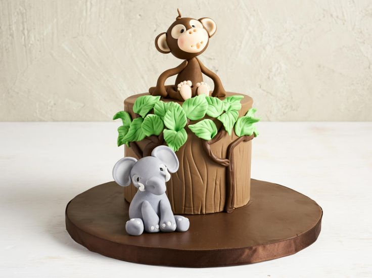 Jungle Cake -Cake by Etty monkey elephant would be cute for Bayson's personal smash cake