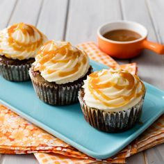 We gave the traditional South African Malva Pudding recipe a cupcake twist. Is is a dessert ides or a tea time treat? We think both!