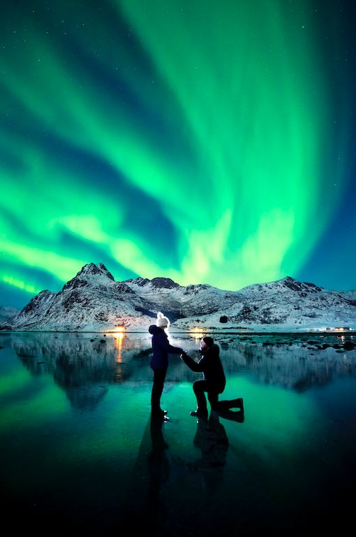This Guy Proposed Under The Northern Lights And The Pics Are Spectacular | The Huffington Post