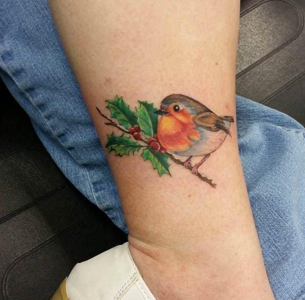 Red robin bird tattoo - photo#24