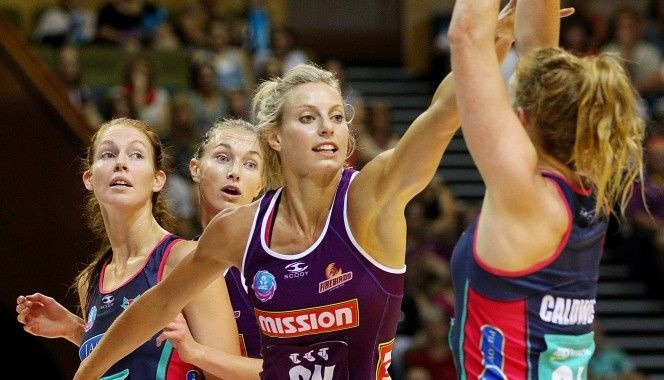 Congratulations to Aussie Diamonds defender @Laura Geitz for being named captain of the Qld Firebirds for the 2013 ANZ Championship.