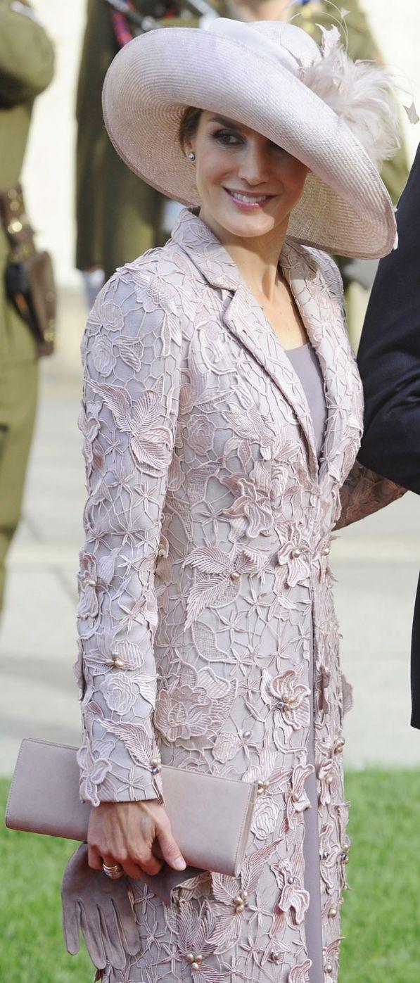 Princess Letizia-RoyalDish - Oct. 20th, religious wedding - page 23