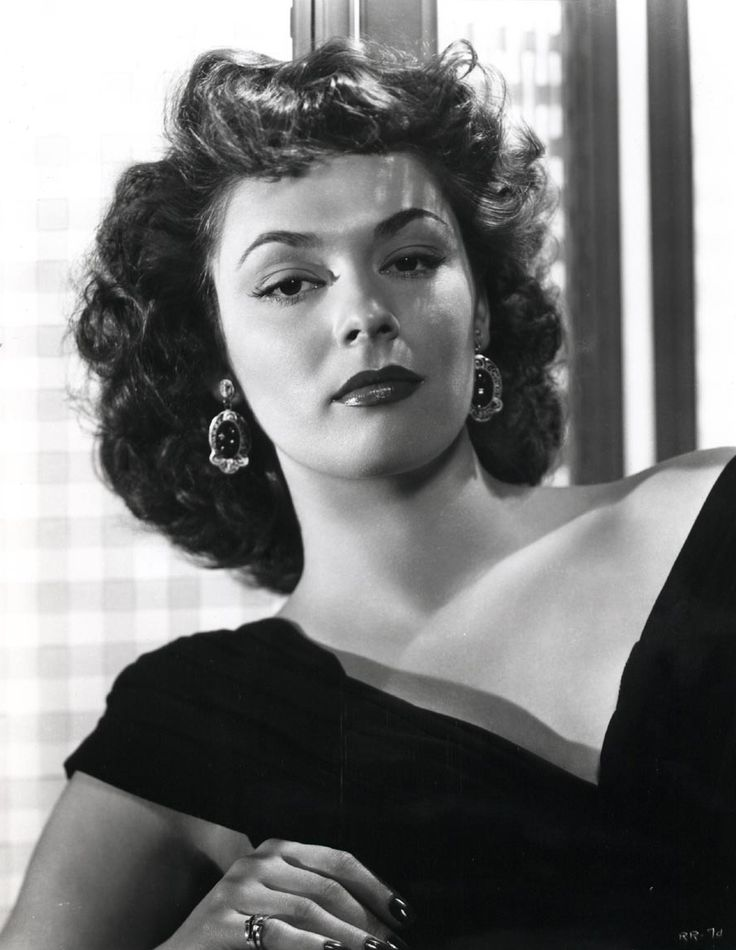 """Ruth Roman, of many movies she was in  """"Strangers on a Train"""" 1951 with Robert Walker and Farley Granger."""