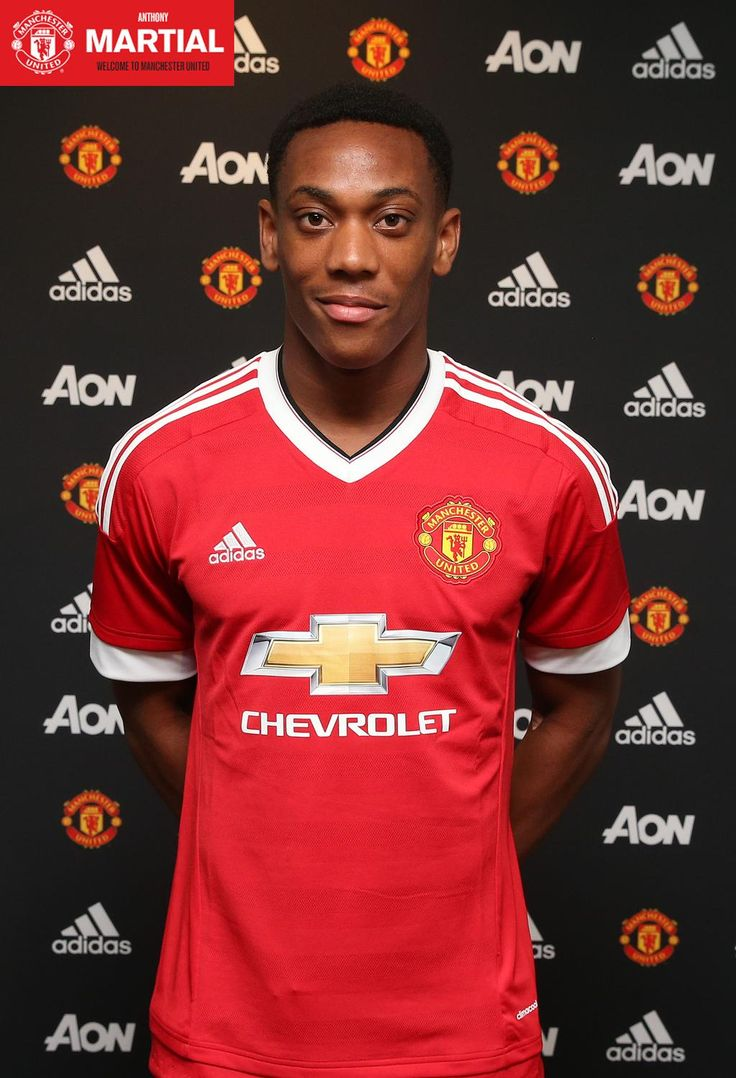 If you missed it earlier, read @AnthonyMartial's first interview as a United player: http://bddy.me/1hw2cvZ