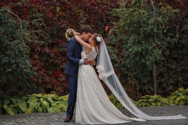 Осенняя пара!! Очень красивая и креативная пара!! Пошив свадебного платья, фаты…