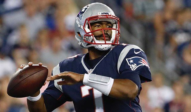Patriots lose in a close one to the Giants - End Score: 40-38 Giants - Cyrus Jones likely has a torn ACL - Brissett played very well tonight - It seems like Gostkowski is back as he hit a clutch 55 yard FG - Cody and Jacob Hollister had good nights