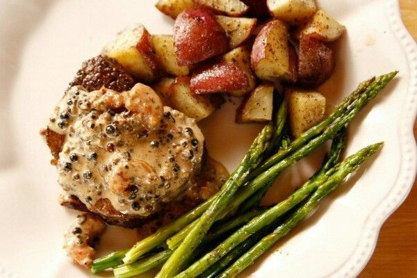 Filet Steak with Shrimp Peppercorn Sauce #steak #asparagus #filet #shrimp #sauce #peppercorn
