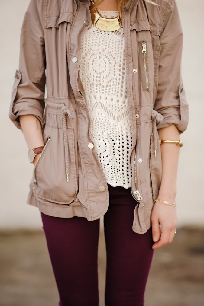 A great mix of textures and colours: neutrals + plum