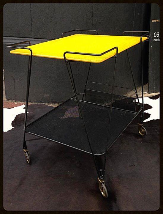 les 502 meilleures images du tableau mathieu mategot sur pinterest mathieu mobilier et annee. Black Bedroom Furniture Sets. Home Design Ideas