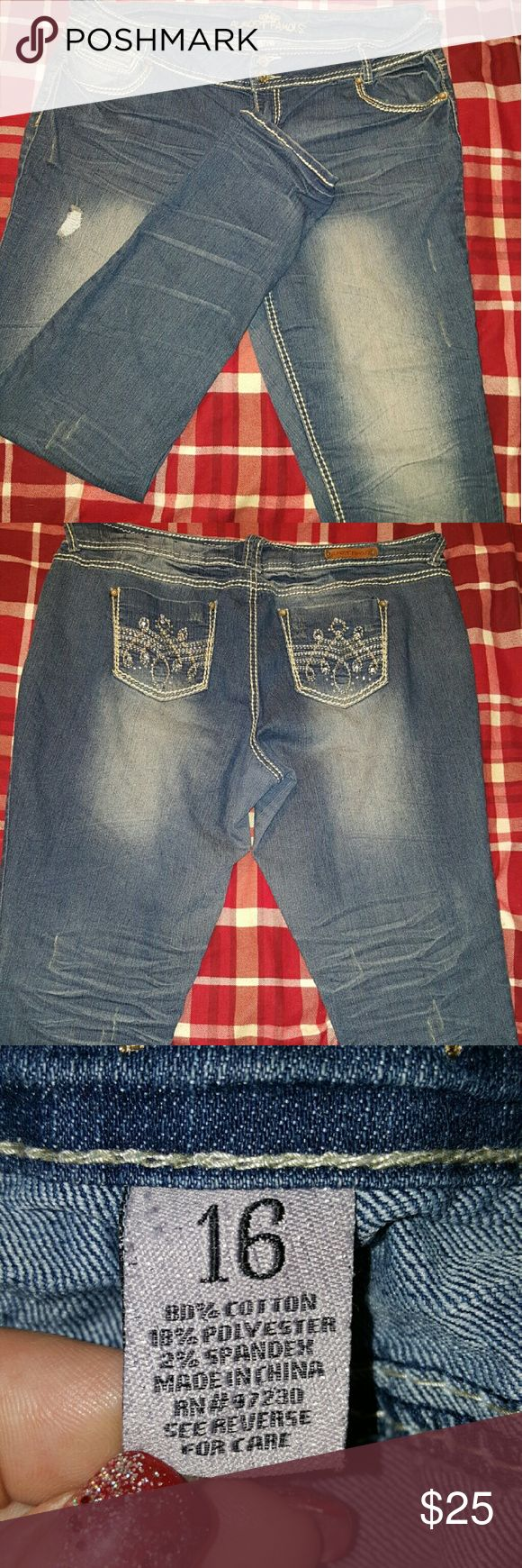 Almost Famous skinny Jeans Almost Famous skinny Jeans size 18. Almost Famous Jeans Skinny