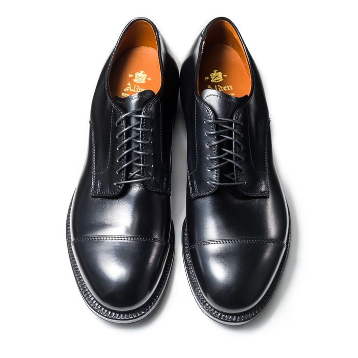 56610 | ALDEN | THE LAKOTA HOUSE Cap Toe Ox. Last:Modified Material:Calf Color:Black Width:D Sole:Single Leather Made in U.S.A.