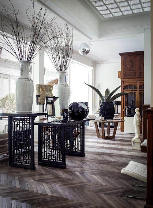 Lázaro Rosa-Violán - Interior Designer from Barcelona - FLAIR fashion & home