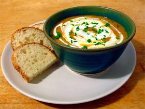 Brilliant butternut soup.  Butternut soup is a favorite South African starter. The butternut has a flavor all on its own and it is great to serve it as a starter before a good roast beef or lamb.  #food #cooking #recipes #southafrica #butternut #soups