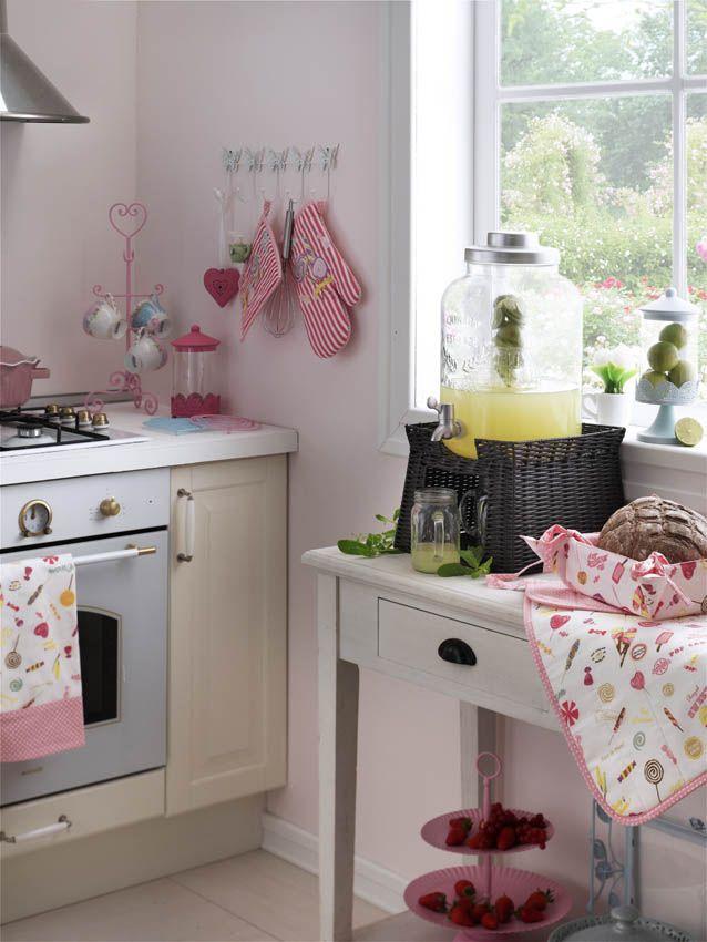 İlham veren mutfaklar English Home'da sizi bekliyor! #englishhome #aksesuar #mutfak #kitchenideas #homedecoration #home #candy #dekorasyon
