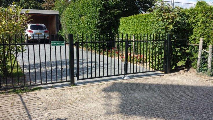 Strak hekwerk - Hekwereld.nl uw Hekwerk specialist, hekwerk, tuin hekwerk, sier hekwerk, poorten, sierhekwerk, rustiek hekwerk, industrie poorten