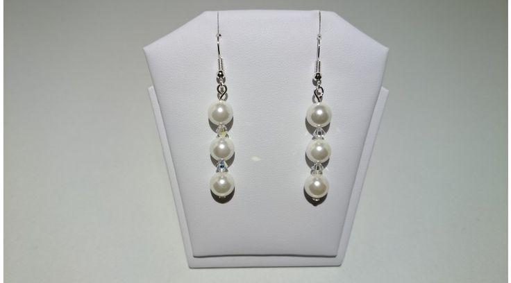 Fehér Shell Pearl gyöngy fülbevaló swarovski kristállyal - Fülbevalók - FMGyöngy - Utazás a gyöngyök világába
