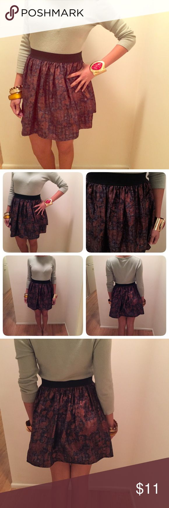 """[Forever 21]Bronze Vegan Suede Mini Bubble Skirt M This is a gorgeous forever 21 size medium vegan suede snake skin bubble mini skirt. Lined inside. Elastic waistband for extra comfort. Waistband stretches. Length 17"""" & waist up to 33."""" Multi colors. Forever 21 Skirts Circle & Skater"""