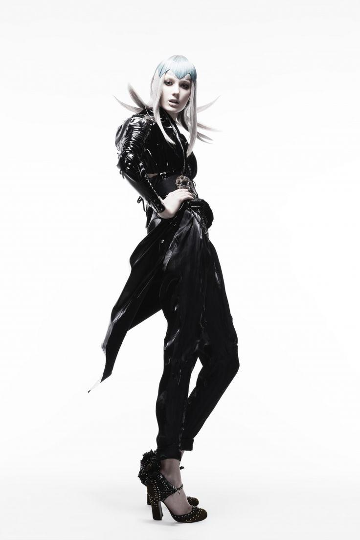 Leone Abbacchio 2 / Shiseido Beauty top specialist Tadashi Harada
