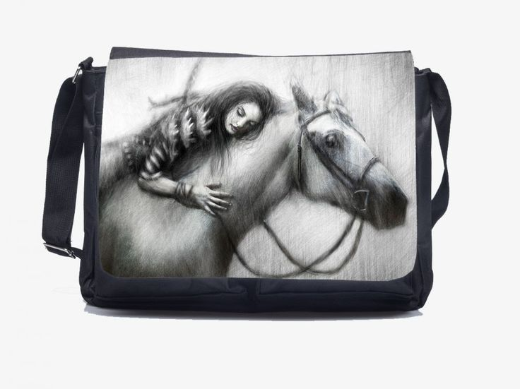 "A legjobb barátom - Oldaltáska You can order this lovely Shoulderbag ""Love my Horse"" HERE: http://oldaltaska.hu  If you have any question please don't hesitate, write to us: hello@oldaltaska.hu"