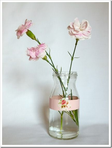 DIY Flower Vase - Spice up an old jar or a vase: Vase Diy Handmade Gifts, Crafty Stuff, Pink Flower, Sweet, Bottles Jars, Craft Ideas, Flowers Vase