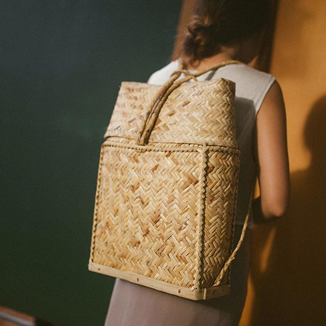 The jute fiber of the Abacá, a native plant of the Philippines, is some of the strongest and durable natural fibers, making it the material of choice when it comes to handwoven goods. After recently stumbling across these Abacá handbags, and learning of the tedious process that's required to