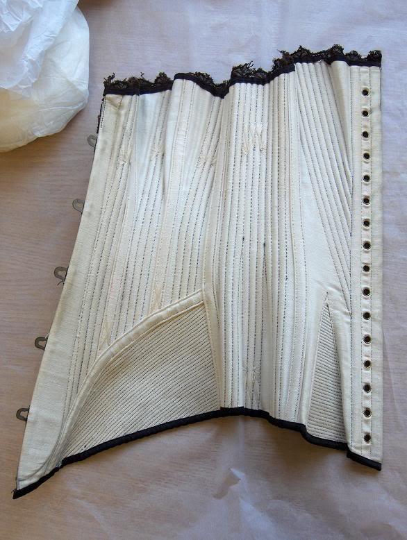 inside 1895 corset