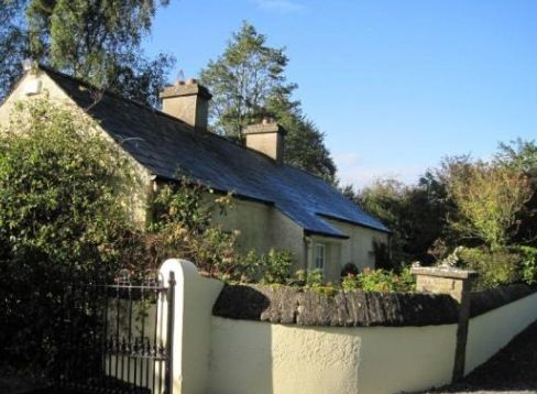 Clonleason Gate Lodge, Fordstown, Nr Kells, Co Meath, Travel Holiday Cottage Ireland.