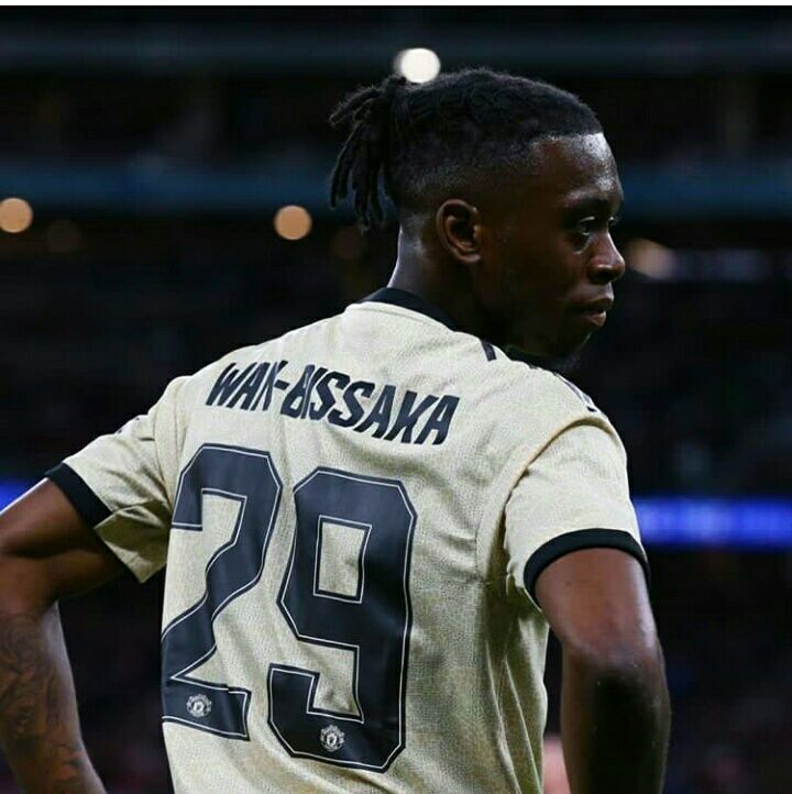 What Aaron Wan Bissaka Has Brought To Manchester United Man Of The Match Manchester United Manchester United Wallpaper