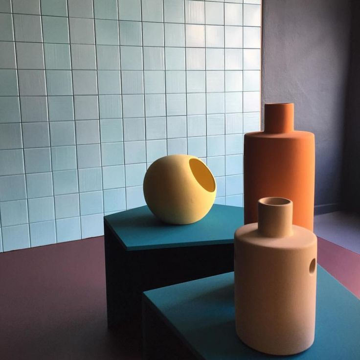 Ridiculously beautiful use of color at the @fileunderpop exhibition from Milan Design Week a few weeks back. Love how the colors really enhance the products and are not just screaming color. They serve a purpose. I've done a summary of what I found to be the most interesting use of color from the event at thedailyd.no (link in bio). Photo by @baumundpferdgarten